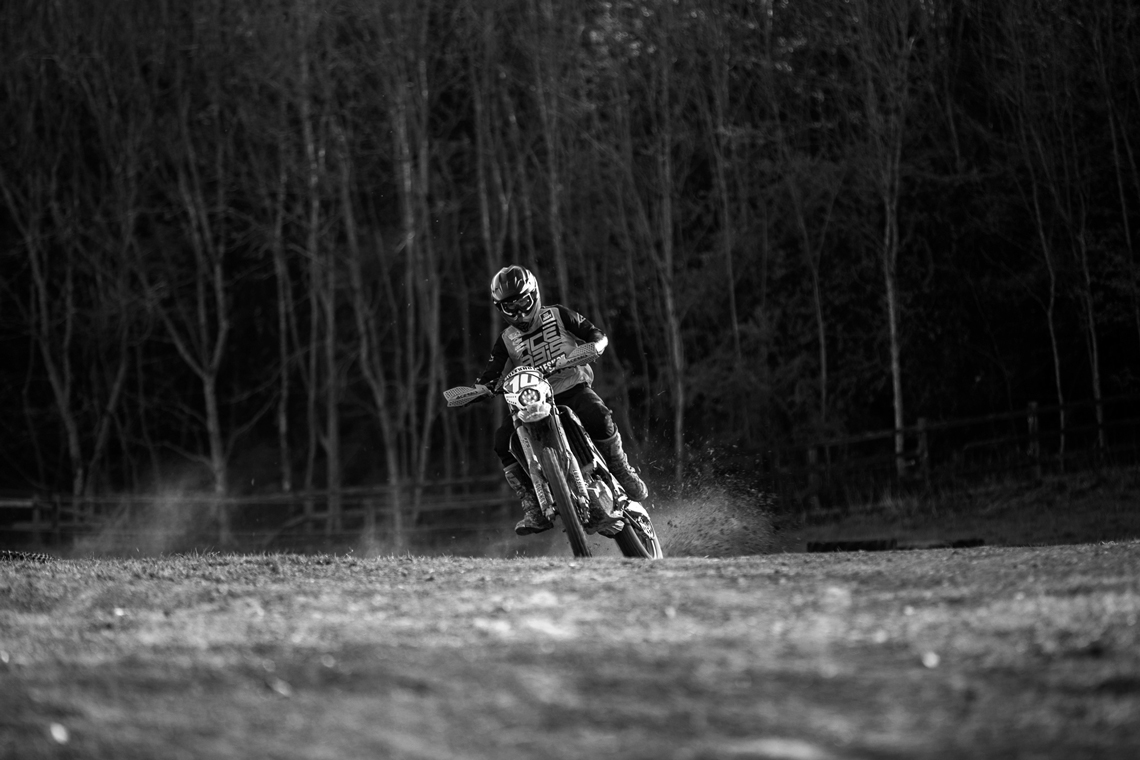 Alex Shore Holeshot MX | Tom Ellwood